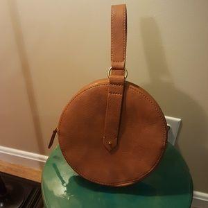 Universal Thread circle bag